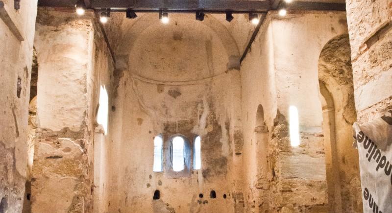 Несебър - интериор църкви